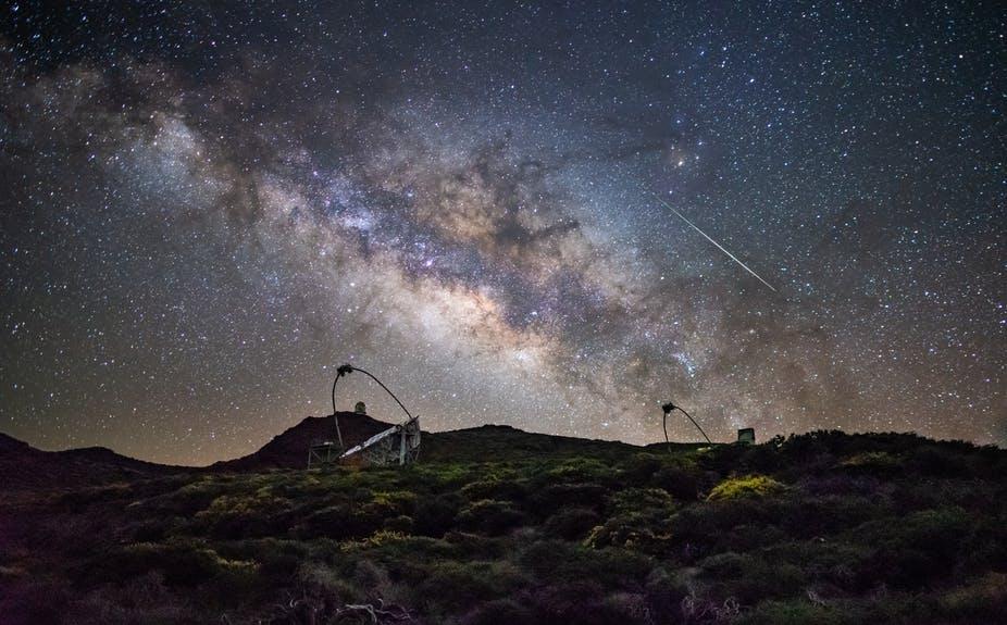 La quête de l'origine de l'accélération cosmique